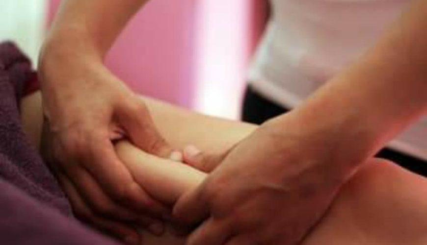 Personne recevant un massage amincissant-drainant